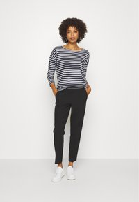 Kaffe - JENNA PANTS - Trousers - black deep - 1