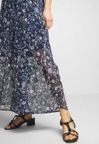 Kaffe - KAFIONA SKIRT - Gonna lunga - midnight marine - 4