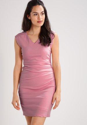 INDIA V-NECK DRESS - Vestido de tubo - evening rose
