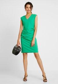 Kaffe - INDIA V-NECK - Pouzdrové šaty - fern green - 1