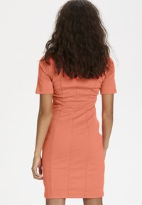 Kaffe - INDIA V-NECK - Tubino - living coral - 2