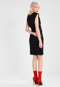 Kaffe - INDIA O NECK - Shift dress - black - 2