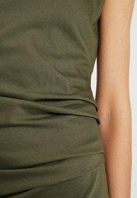 Kaffe - INDIA ROUND NECK DRESS - Shift dress - grape leaf - 5