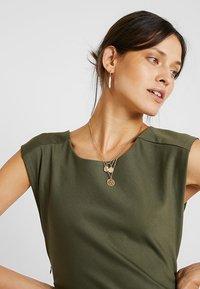 Kaffe - INDIA ROUND NECK DRESS - Shift dress - grape leaf - 3