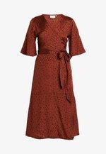 NAJA WRAP DRESS - Day dress - cherry mahogany/black