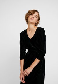Kaffe - KAJULITA DRESS - Cocktailjurk - black deep - 4
