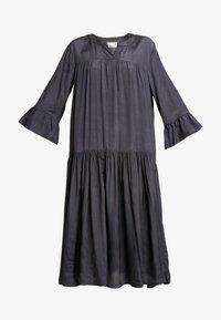 Kaffe - KATHEA 3/4 DRESS - Denní šaty - asphalt grey - 5