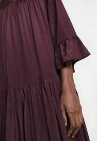 Kaffe - KATHEA 3/4 DRESS - Korte jurk - deep wine - 7
