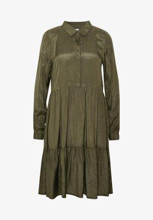 KADENIKE DRESS - Skjortekjole - grape leaf