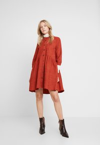 Kaffe - KACORINA - Shirt dress - picante - 2