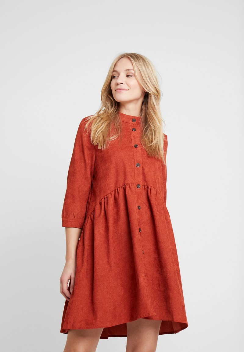 Kaffe - KACORINA - Shirt dress - picante