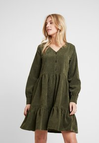 Kaffe - KACORINA DRESS - Korte jurk - grape leaf - 0