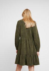 Kaffe - KACORINA DRESS - Korte jurk - grape leaf - 3