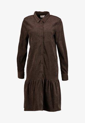 KACORINA DRESS - Skjortekjole - after dark brown