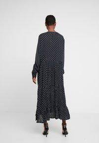 Kaffe - DOTTA AMBER DRESS - Maxi šaty - black deep - 3