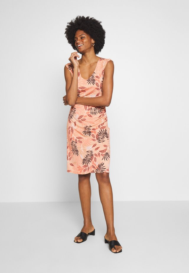 KAORVILLA DRESS - Jerseyjurk - roebuck