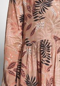 Kaffe - KABENITTE DRESS - Shirt dress - roebuck - 4