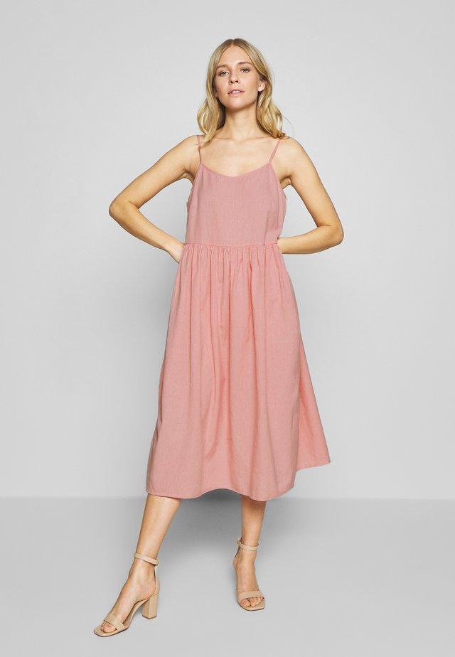 KAKREA STRAP DRESS - Sukienka letnia - bridal rose