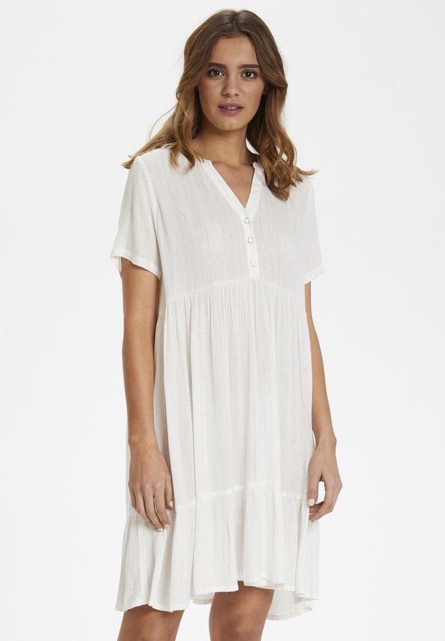 KALORRIS AMBER - Shirt dress - chalk