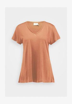 ANNA V NECK - Camiseta básica - cherry mahogany