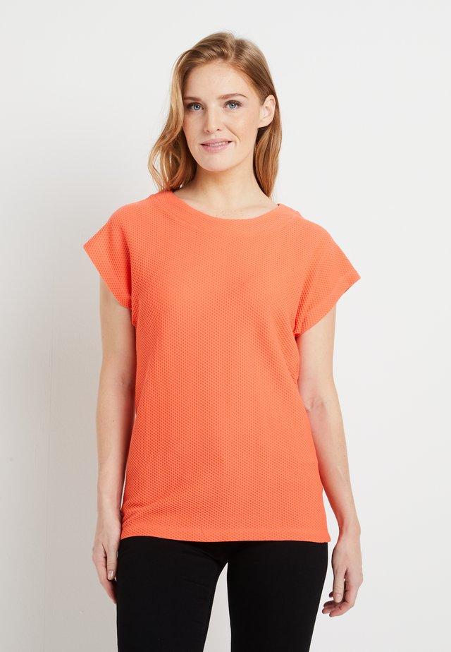 BETH - T-shirt basic - living coral