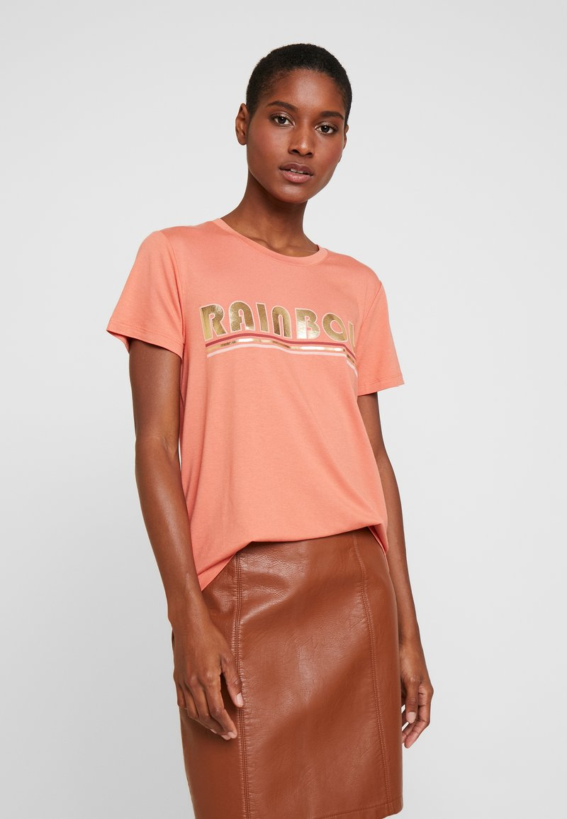 Kaffe - FARAH - T-shirts med print - dull orange
