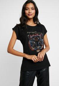 Kaffe - CRISTY - Print T-shirt - black deep - 0