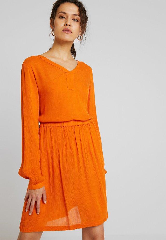 AMBER BLOUSE - Tunique - burnt orange