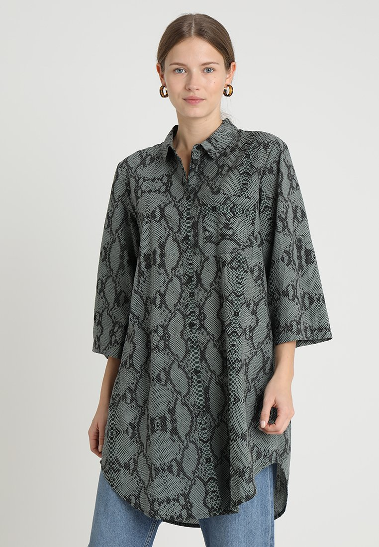 Kaffe - SNAKE - Button-down blouse - green spruce