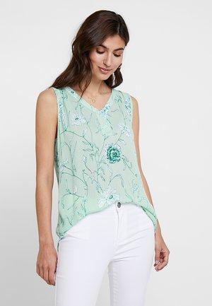 KALEONIE AMBER  - Bluse - lichen green