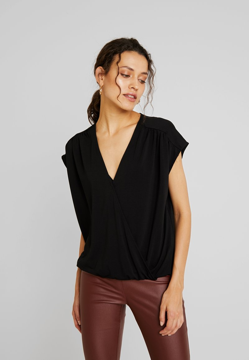 Kaffe - KAMOLLY - Blusa - black deep