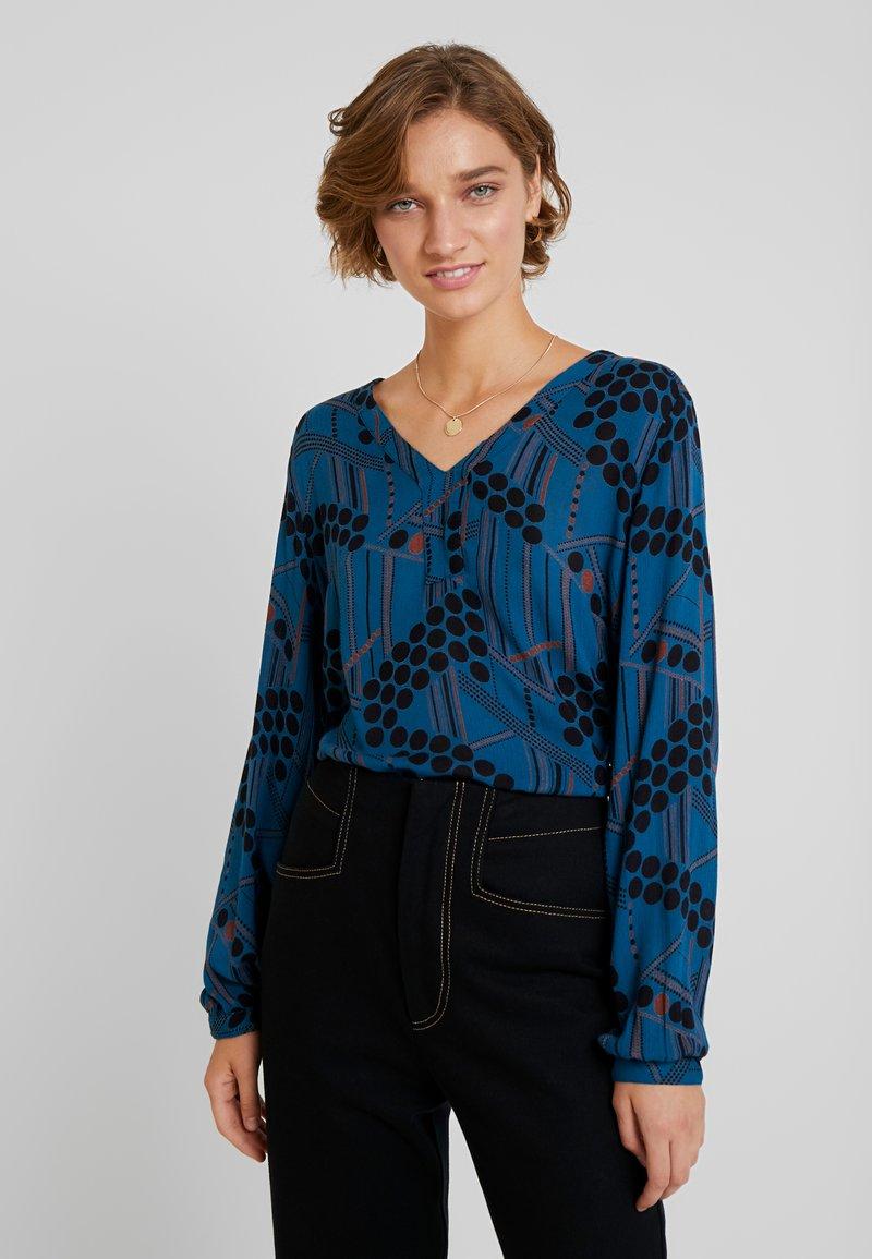 Kaffe - KAMARIA AMBER BLOUSE - Bluse - moroccan blue