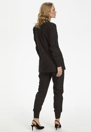 KAPINI  - Short coat - black deep