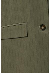 Kaffe - Blazer - grape leaf / black pin stripe - 6