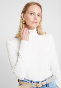 Kaffe - ASTRID ROLL NECK - Jumper - chalk - 3