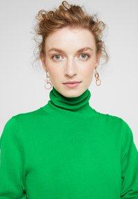 Kaffe - ASTRID ROLL NECK - Strikkegenser - fern green - 3