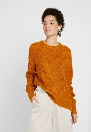 KAMIRO - Sweter - buckthorn