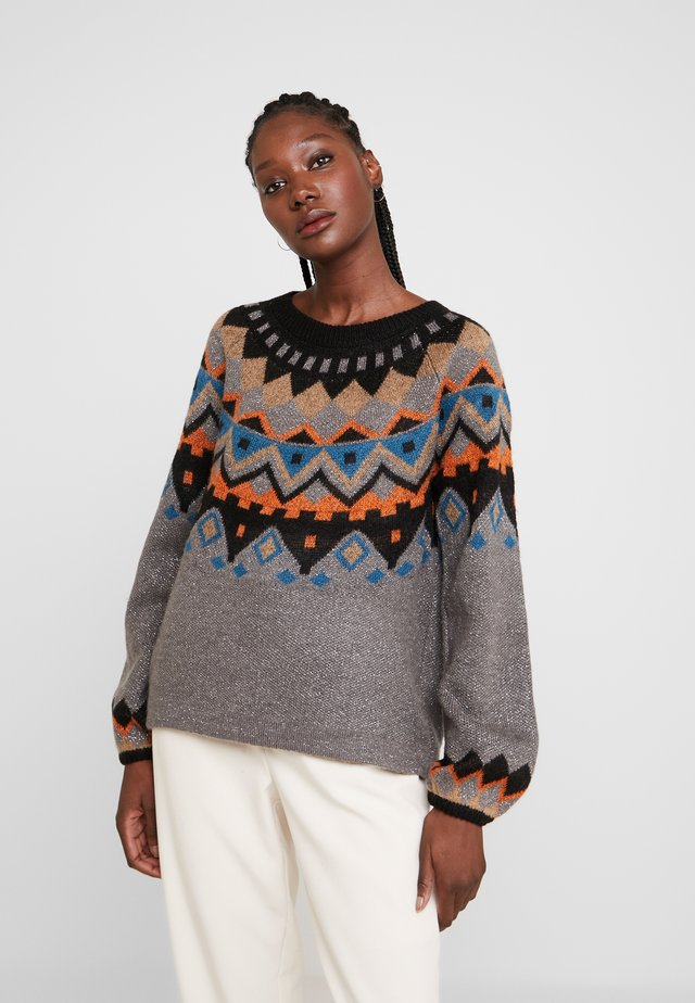 KAHARIETTE - Pullover - smoked