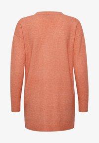 Kaffe - KAEMERY KNIT - Vest - living coral melange w/chalk - 1
