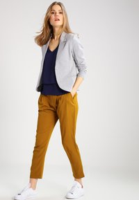 Kaffe - JILLIAN - Blazer - light grey melange - 1