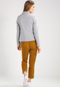 Kaffe - JILLIAN - Blazer - light grey melange - 2