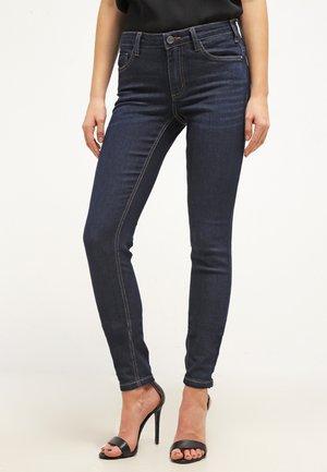 BETTY PERFECT - Slim fit jeans - denim dark ocean