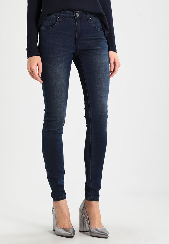 GRACE  - Slim fit jeans - deep well denim