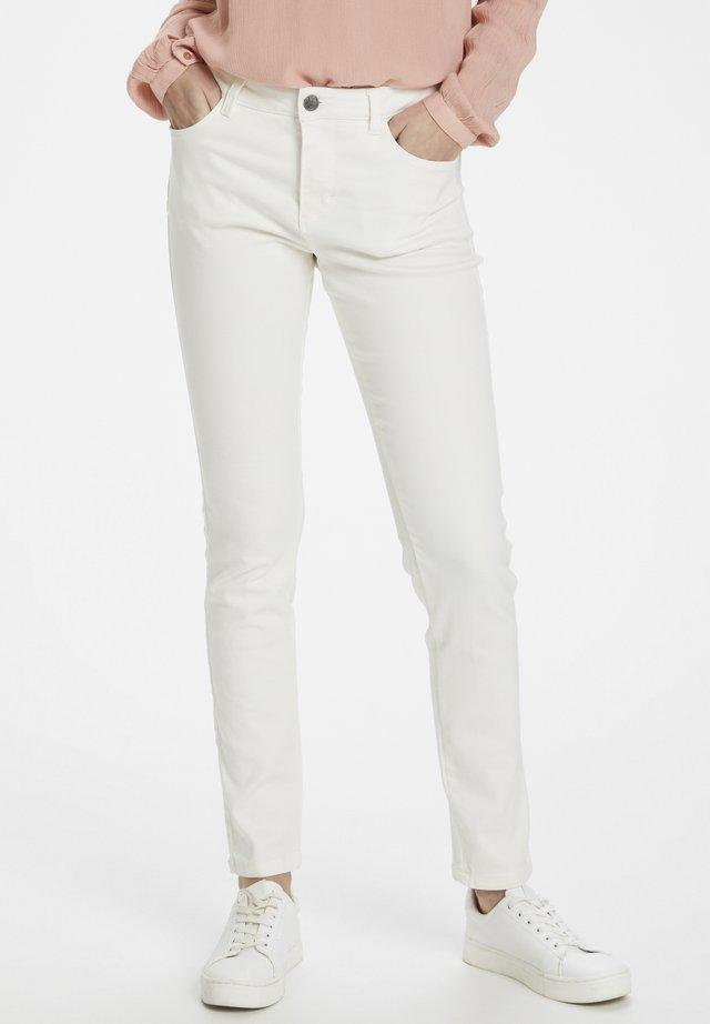 KAVIOLET - Jeans Skinny Fit - chalk