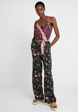 KAELIVIA  - Jumpsuit - black