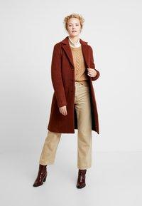 Kaffe - KAMISSI COAT - Classic coat - cherry mahogany - 0