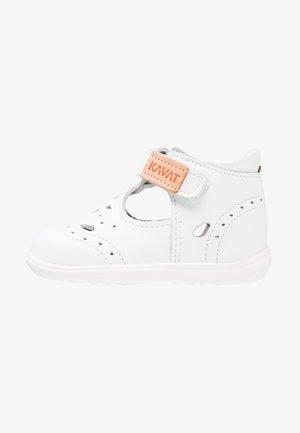 ÄNGSSKÄR  - Dětské boty - white