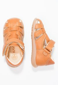 Kavat - RULLSAND - Baby shoes - light brown - 1