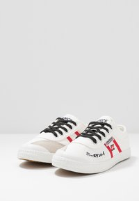 Kawasaki - SIGNATURE - Sneakers - white - 4