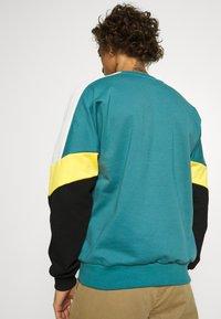 Kaotiko - CREW SETH AQUA UNISEX - Sweater - teal - 2